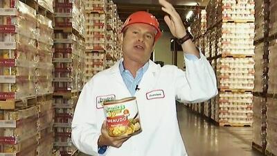 Alan Tacher prometió volver con platillos muy mexicanos tras visitar esta gran fábrica de menudo y pozole