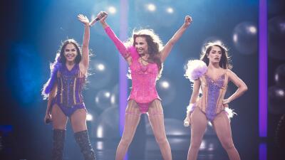 En fotos: Thalía, Natti Natasha y Lali Espósito hicieron un trío explosivo en el escenario