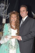 Daniela Castro ¿con altibajos en su matrimonio?