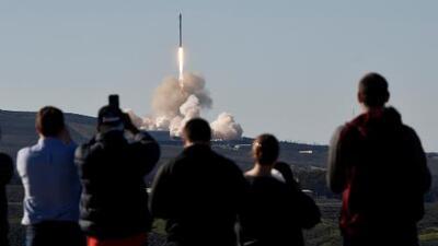 SpaceX lanza con éxito su primer cohete desde la explosión de septiembre