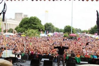 ¡Dallas vivió el Festival de Mayo más perrón!