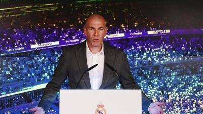 """Zidane fue presentado: """"Estoy feliz de volver a casa; quiero mucho a este club"""""""