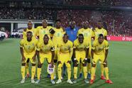 Cairo (Egypt), 21/06/2019.- Zimbabwe players pose before the opening match of the 2019 Africa Cup of Nations (AFCON) between Egypt and Zimbabwe at Cairo International Stadium in Cairo, Egypt, 21 June 2019. The 2019 Africa Cup of Nations (AFCON) will take place from 21 June until 19 July 2019 in Egypt. (Egipto, Zimbabue) EFE/EPA/KHALED ELFIQI