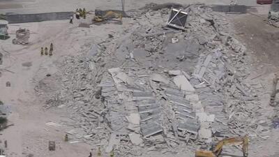 Colapsa un edificio en proceso de demolición en Miami Beach