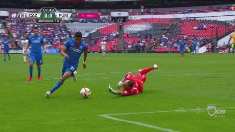 Cruz Azul tuvo esta jugada clarísima para abrir el marcador