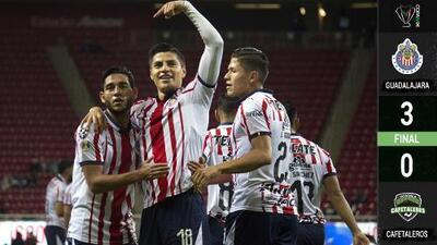 Enrachado Ronaldo Cisneros, lidera triunfo de Chivas en Copa MX