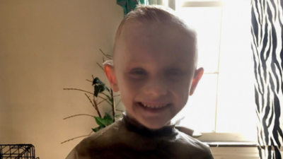 Autoridades consideran a madre del pequeño Andrew 'AJ' Freund como sospechosa de su desaparición en Chicago