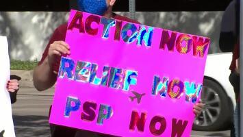 Trabajadores de aerolíneas piden a legisladores ayudar a quienes han perdido su empleo por la pandemia