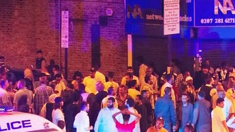 Autoridades investigan atropello en mezquita en Londres que dejó un muerto y varios heridos