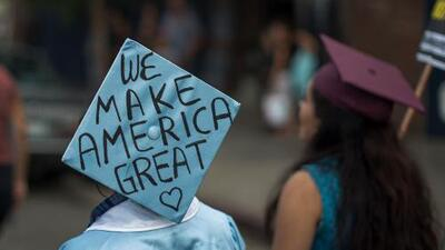"""Dreamers al Congreso: """"Cada momento desperdiciado con inacción afecta el futuro de alguien"""""""