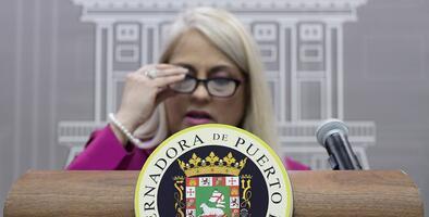 Gobernadora anuncia el pago del bono de Navidad a los empleados públicos