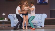 Llega a Los Ángeles Una Pareja de 3, la divertida historia de una relación entre una mujer y dos hombres