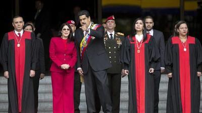 Se desmorona la fachada democrática venezolana
