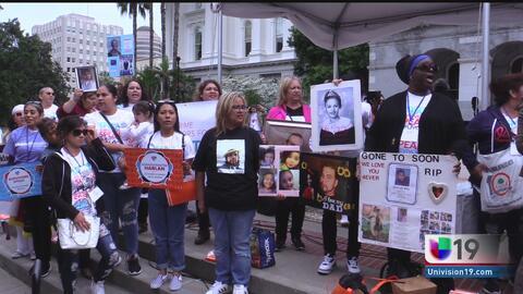 Familiares de víctimas del crimen llegan con un claro mensaje al Capitolio estatal