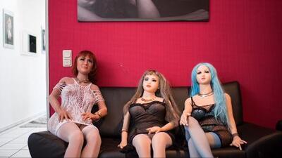 Negocio de muñecas sexuales que quiere abrir en Houston aún no cuenta con permisos
