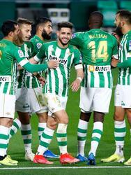 Fekir (70') y Jiménez (75') marcaron los tantos que definieron el cotejo. Lainez salió al 66' y Guardado participó todo el encuentro. En sus siguientes compromisos, Betis visitará al Elche y Levante recibirá al Huesca.