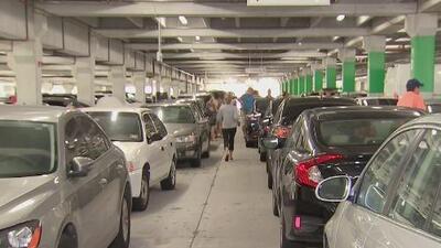 Sin causar destrucción, Irma generó caos en los estacionamientos de Ikea en Sweetwater