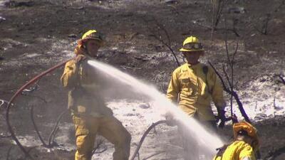 Registran incendio en el área recreacional Kenneth Hahn, California