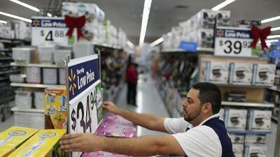 Walmart inicia la temporada de compras navideñas temprano