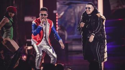 La explosiva presentación de Daddy Yankee junto a grandes del reggaeton que le rinden homenaje a 'El Cangri'