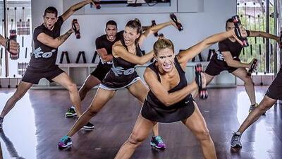 Xco Latin: Ritmos latinos con movimientos atléticos para perder peso