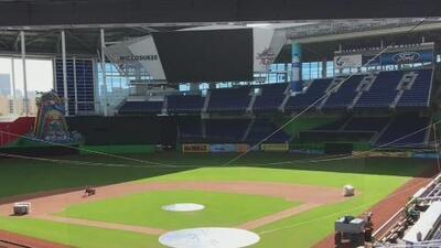 Miami Marlins busca personas que quieran trabajar en su estadio