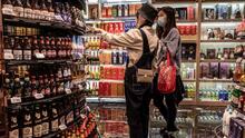¿Por qué quieren hacer permanente el toque de queda en la venta de licores en Chicago?