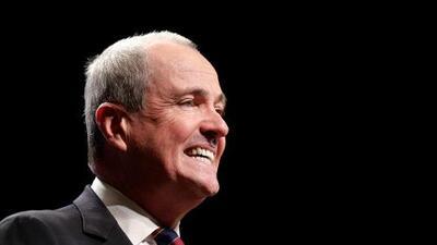 Phil Murphy firma presupuesto de Nueva Jersey para año fiscal 2020, sin llevar a cabo algunas de sus principales propuestas