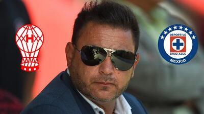 El 'Turco' Mohamed aclaró que no dejará a Huracán por Cruz Azul a final de la temporada