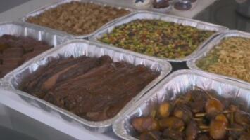 La experiencia culinaria que ofrecen los Dallas Cowboys a los aficionados en la comodidad de sus hogares