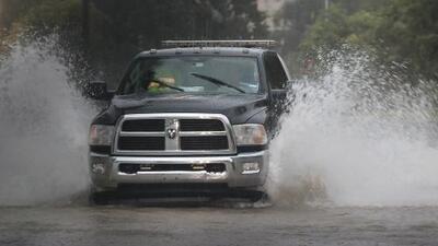 Vigilancia en el condado Harris por las intensas lluvias que pueden dejar hasta 10 pulgadas de acumulación