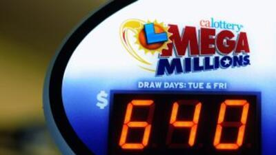 Tres educadores de una escuela pública ganaron parte de Mega Millions