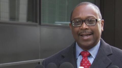 'Chicago en un Minuto': Todd Stroger formaliza su candidatura a la junta del condado de Cook