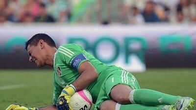Oscar Ustari se pierde el resto del torneo tras espantosa lesión