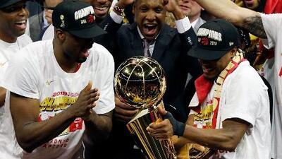 Toronto es el primer equipo no estadounidense que se proclama campeón de la NBA y así fueron los festejos