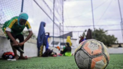 Al menos cinco muertos en un atentado de Al Shabab contra un estadio en Somalia