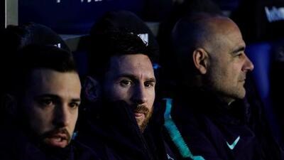 El lindo gesto de Messi con un aficionado en silla de ruedas que conmueve a España