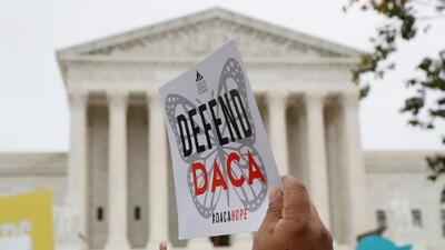 Estos son los argumentos del gobierno que ponen en peligro el futuro de los 700,000 dreamers protegidos por DACA
