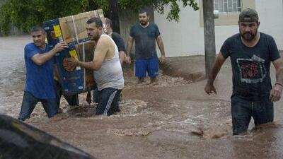 Sinaloa y Sonora, bajo estado de emergencia por inundaciones que dejan miles de damnificados