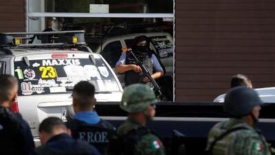 Dos personas mueren tras una balacera en restaurante de un centro comercial en México