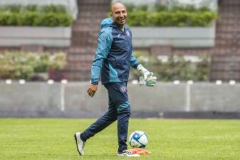 Primer entrenamiento del 'Conejo' Pérez con Cruz Azul