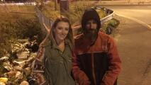 Mujer recauda más de $360,000 para veterano sin hogar que les dio sus últimos $20 dólares