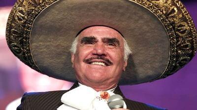 Vicente Fernández lanzó un corrido a favor de la candidata a la presidencia Hillary Clinton
