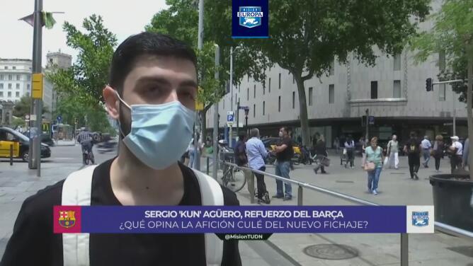 ¿Buen fichaje o no? La afición de Barcelona opina sobre el 'Kun'