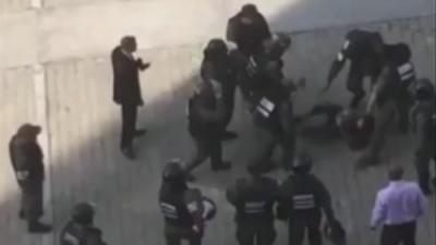 Militares agreden a corresponsal de Univision Noticias en Venezuela Elyangélica González