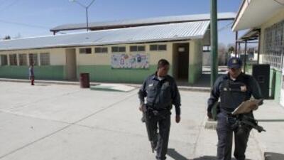 Escuela primaria de Colima hace simulacro ante balaceras