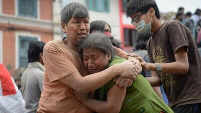 Más de 1,800 muertos tras terremoto en Nepal
