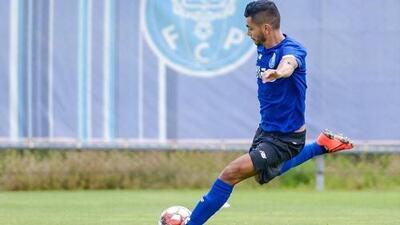 'Tecatito' Corona se luce con triplete en goleada del Porto en pretemporada