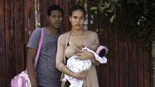 Cientos de cubanos varados en la frontera con México piden una amnistía a Trump
