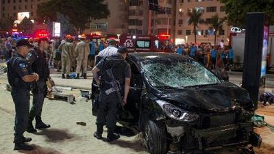 Un bebé muerto y al menos 15 heridos en accidente con auto en Copacabana